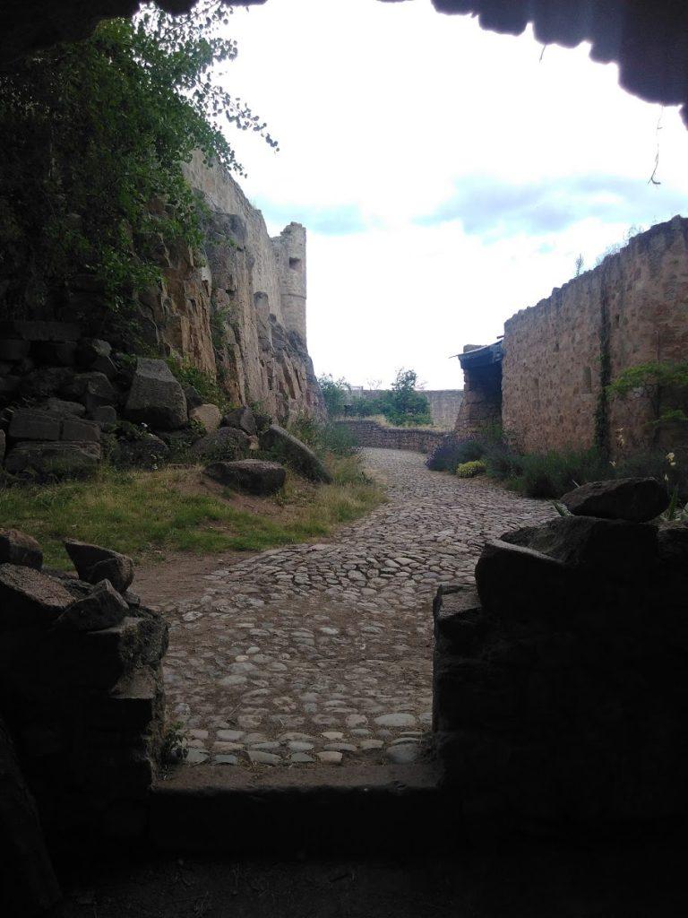 View into Hohlandsbourg castle